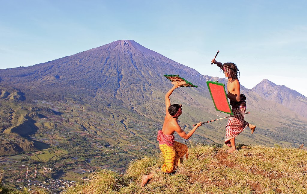 Peresean Lombok