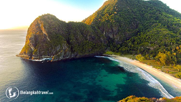 Pantai Lawar, Sekongkang, Sumbawa Barat